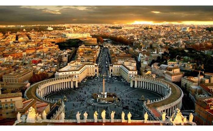 Στην Accenture Interactive το Βατικανό