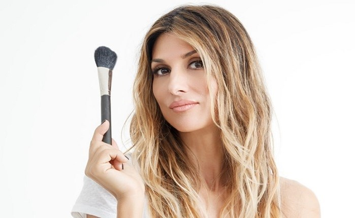Coty: Make-Up Ambassador η Ρούλα Σταματοπούλου