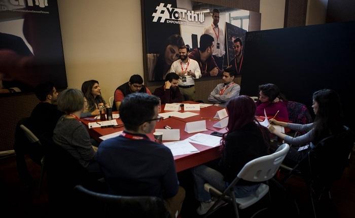 Coca-Cola Τρία Έψιλον: Το Youth Empowered διευρύνεται