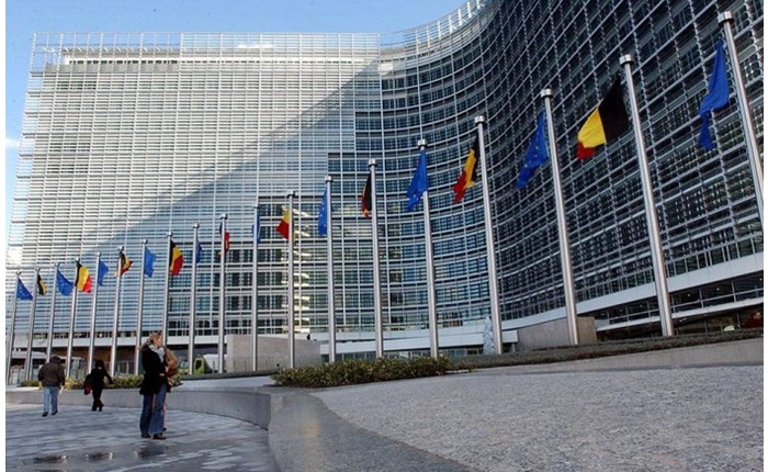 ΕΕ: Αυστηρότερα μέτρα για τα πνευματικά δικαιώματα