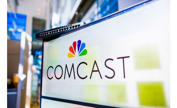 Στην Comcast κατέληξε η Sky