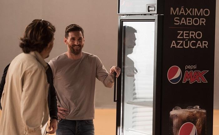 Messi και Salah στη νέα καμπάνια της Pepsi