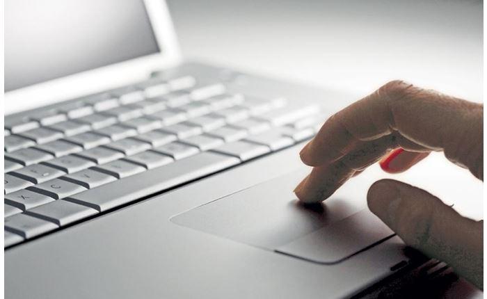 Ένας στους τρεις δεν γνωρίζει πώς να προστατευθεί στο διαδίκτυο