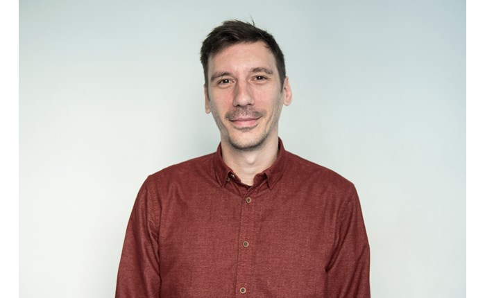 Ο Ηλίας Αναστασιάδης Editor in Chief του Oneman.gr και του Contra.gr