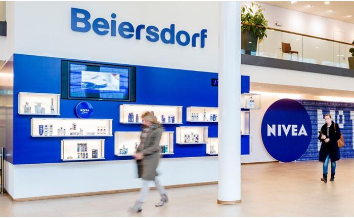 Beiersdorf: Ανέθεσε το διαφημιστικό της λογαριασμό σε Publicis και WPP