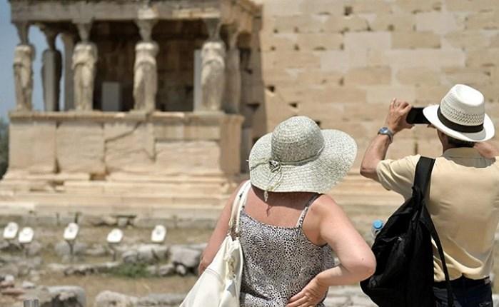 ΙΝΣΕΤΕ: Spec 250.000 ευρώ για τον τουρισμό