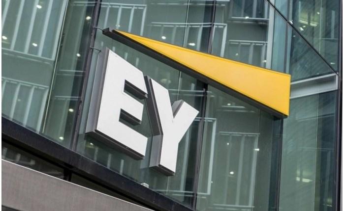 EY: Η πανδημία αλλάζει ριζικά τις καταναλωτικές συμπεριφορές