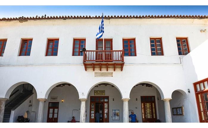 Δήμος Μυκόνου: Ανάθεση στην Marketing Greece