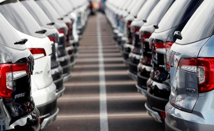 Zenith: Πτώση 21% στη διαφήμιση αυτοκινήτων