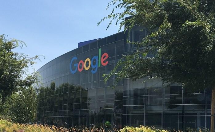Google: 15 εκατ. στα ελληνικά Media