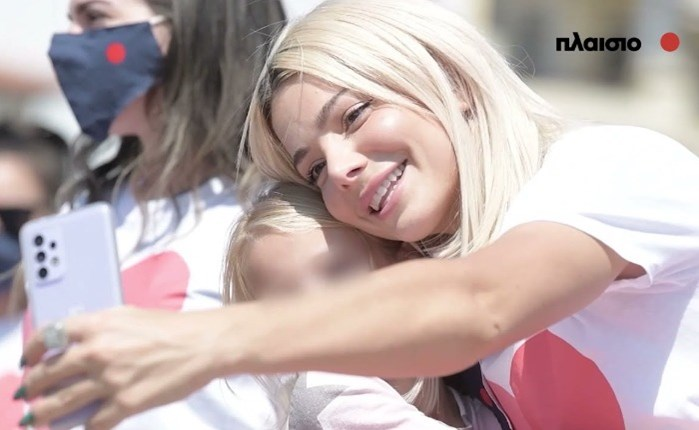 Πλαίσιο: Χαμόγελα και 35.000 σχολικά προϊόντα παρέδωσε στους μαθητές της Βόρειας Εύβοιας