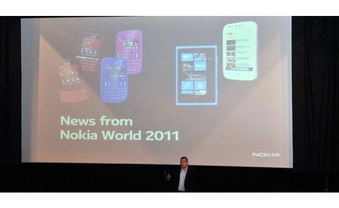 Παρουσιάστηκαν τα νέα κινητά Nokia Lumia