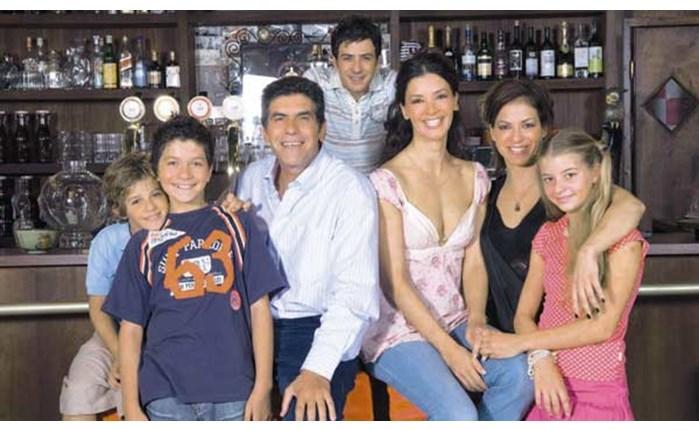 Νικήτρια η «ελληνική οικογένεια» του MEGA
