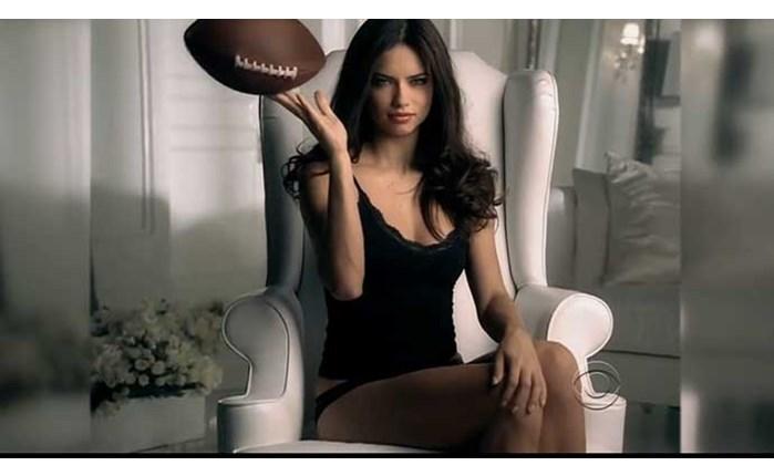 Παρούσα στο Super Bowl η Victoria's Secret