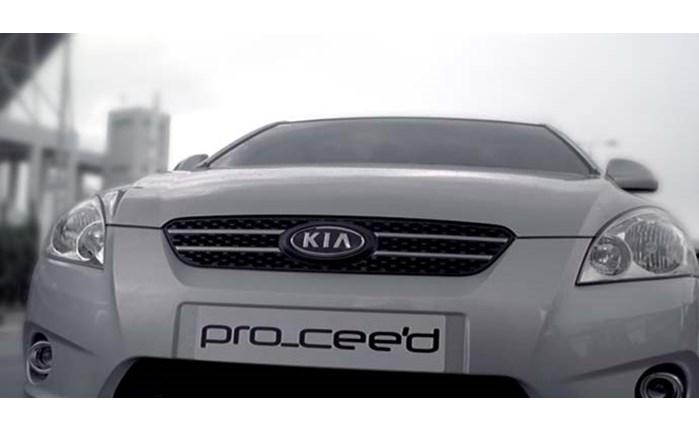 Ξεπερνάει τα είδωλα το νέο Kia cee'd, τονίζει η Lowe