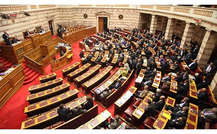 Ψηφίστηκε το νομοσχέδιο για τα ΜΜΕ