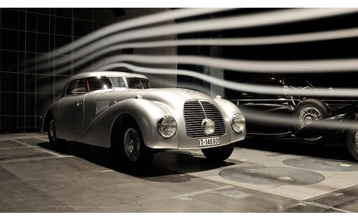 Η ιστορία της Mercedes-Benz... διαδικτυακά!