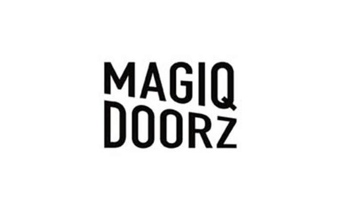 MAGIC DOORZ: Δημιουργία για τη Λουξ