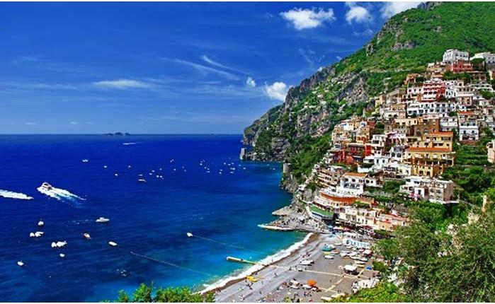 E TV: Η Travel Guide στην Ιταλία