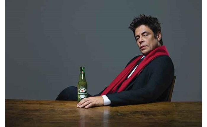 Νέα καμπάνια της Heineken με τον Del Toro