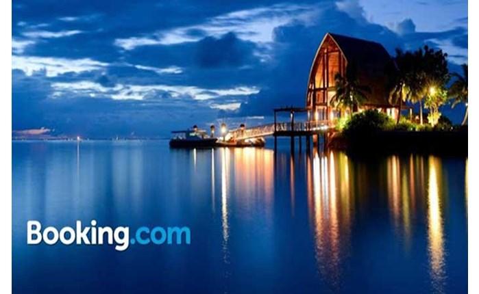 Booking: Στην AnalogFolk το παγκόσμιο ψηφιακό marketing