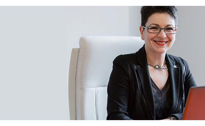 «Στην αντεπίθεση» η Λίνα Νικολοπούλου-Στουρνάρα