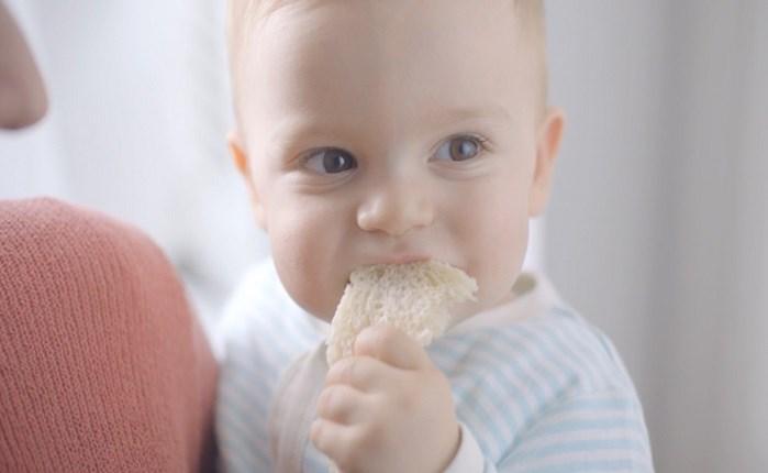 Νέα ταινία της Καραμολέγκος για Το Ψωμί