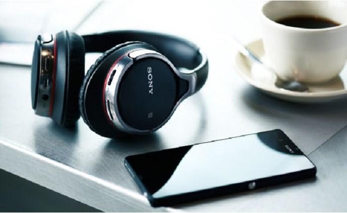 Sony: Παγκόσμιο media spec για τα Headphones