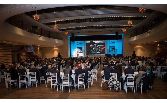ΕΕΔΕ: Πολλαπλά μηνύματα έστειλε το 10ο CEO Summit