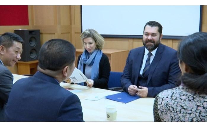 Κρέτσος: Συναντήθηκε με τον Πρόεδρο του Shangai United Media Group