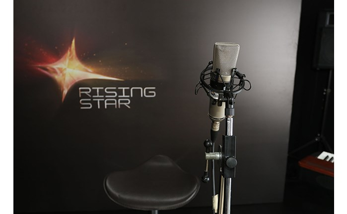 Πρώτο το Rising Star την Κυριακή
