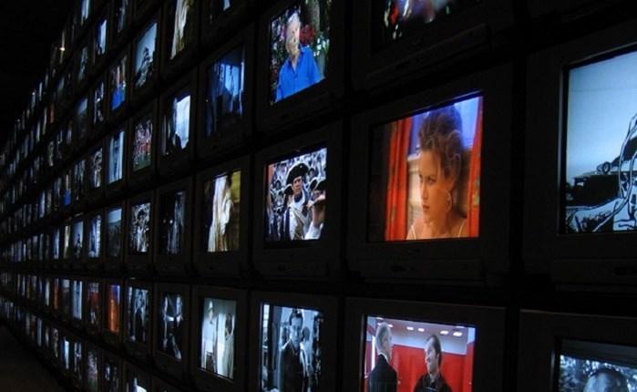 Deloitte: Αντέχει η παραδοσιακή TV