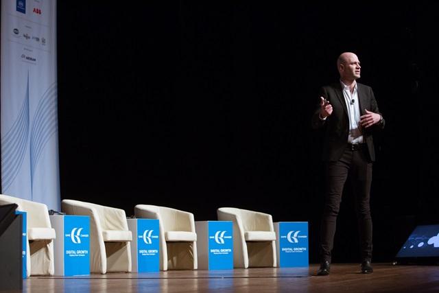 Paul Papadimitriou, Ιδρυτής της Intelligencr, Διεθνής επιχειρηματίας